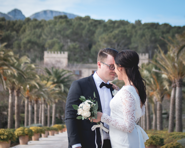 Behind the scenes: Bröllopsfotografering vid Svenska Kyrkan i Palma och på Son Claret