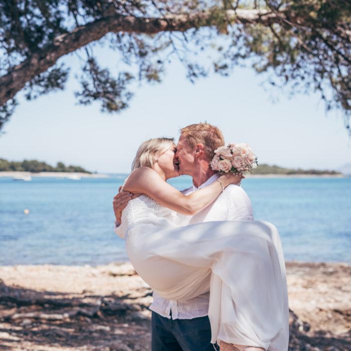 Hemlig vigsel i Alcanada | Bröllopsfotograf på Mallorca